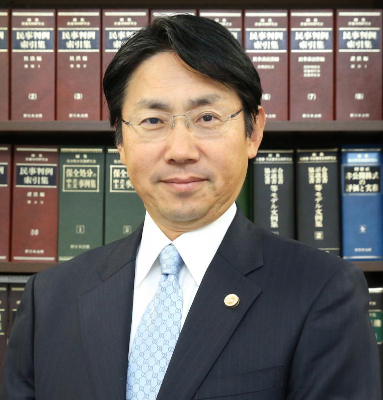 代表弁護士 佐藤彰紘